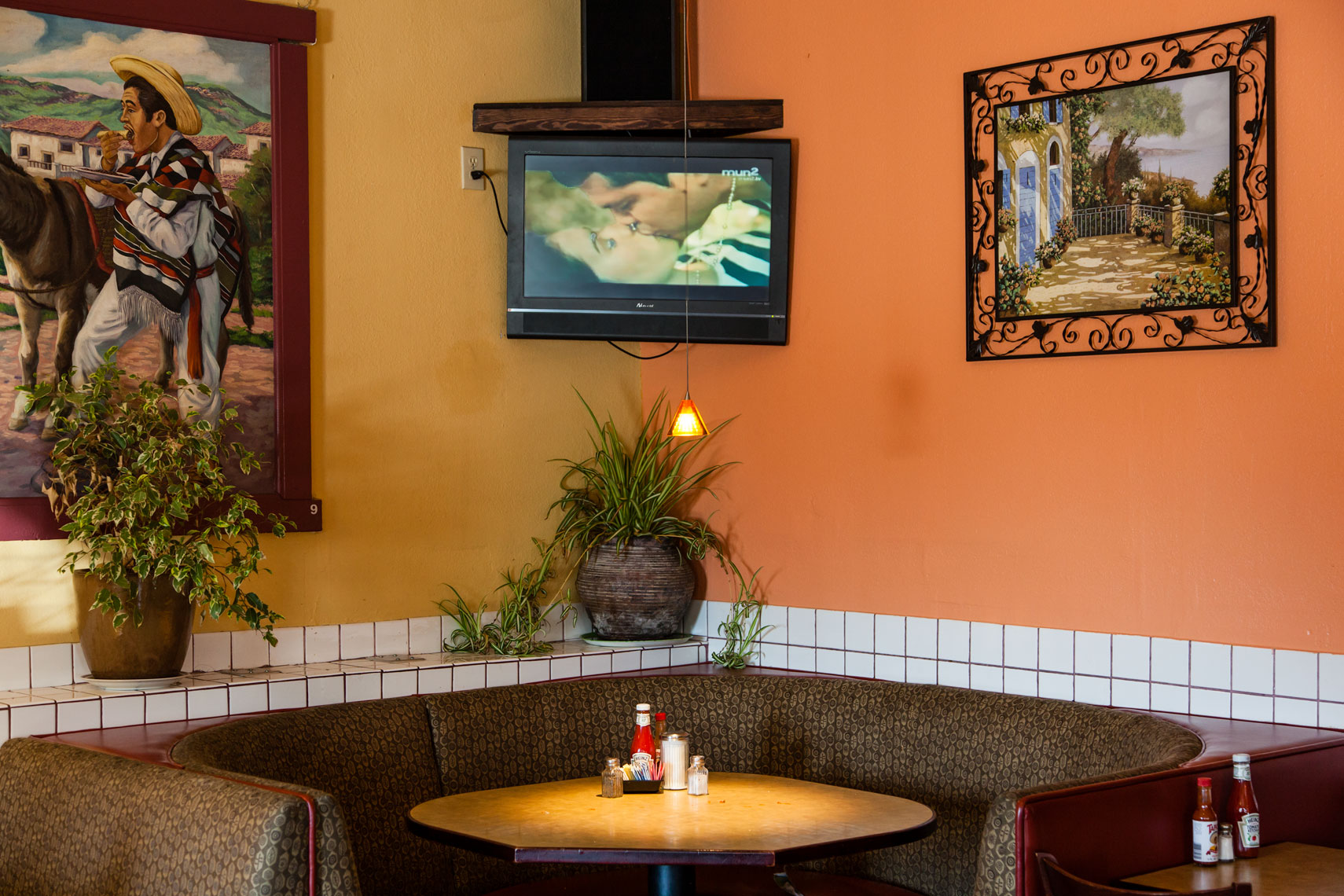 Mexican restaurant interior, Oakland Ca, decor, California