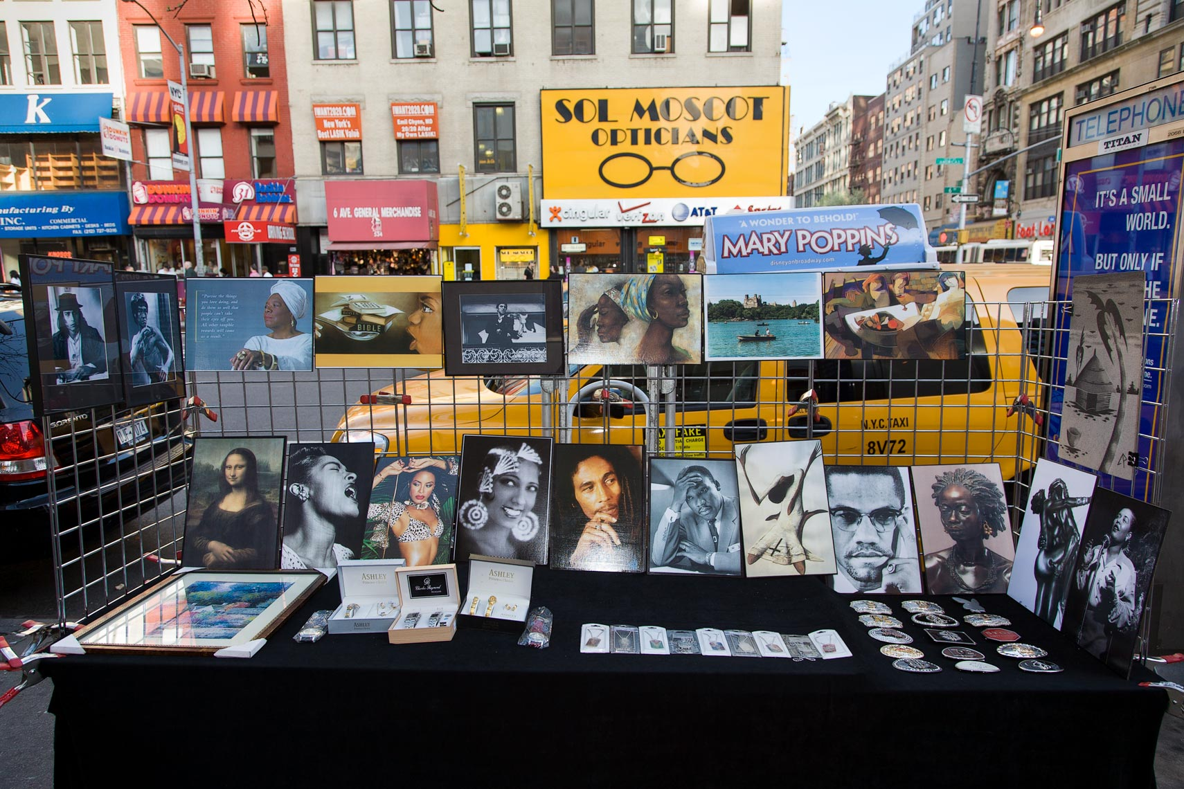 Street vendor display